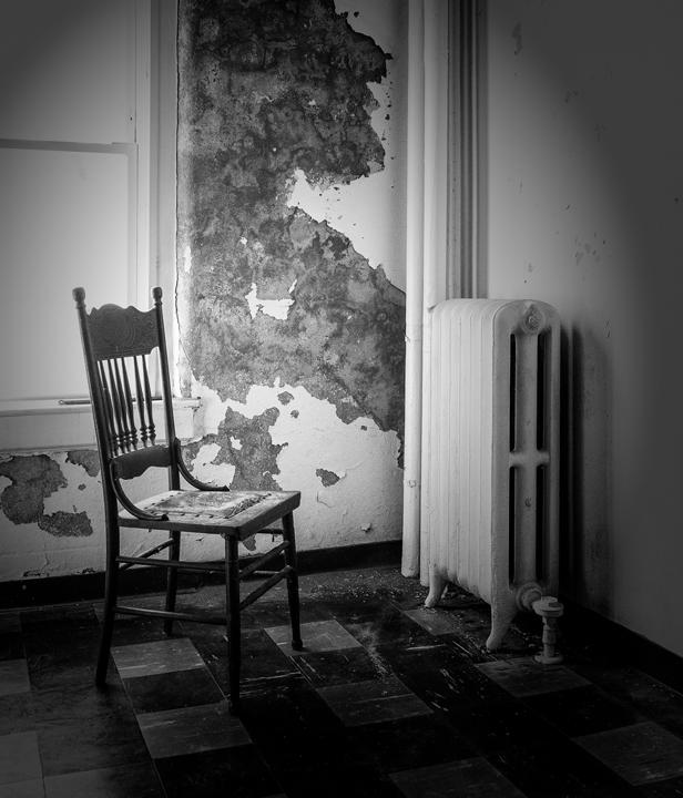 Asylum: Alone in a world toobright.