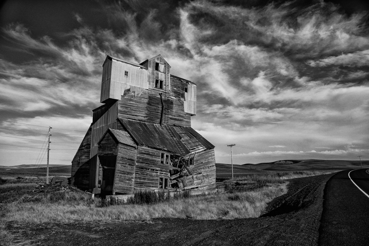 Old grainery in thePalouse